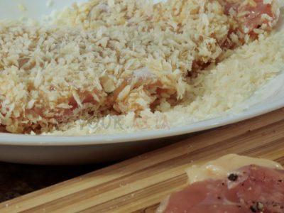 Chicken fillet coated in panko