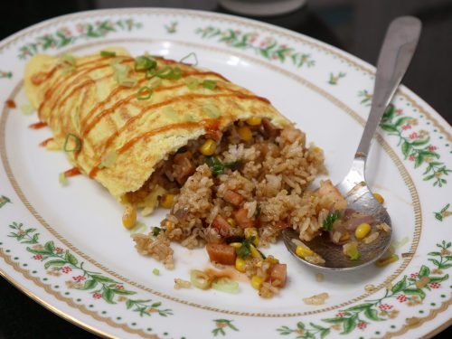 Omurice (Japanese / Korean omelet rice)