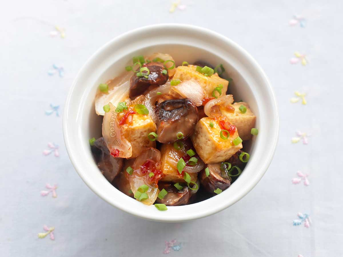 Mushrooms and tofu with lemongrass-infused sweet chili sauce