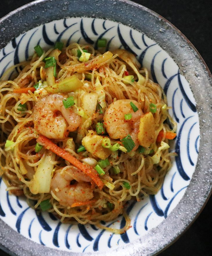 Single Serving of Singapore Noodles (Curry Bee Hoon)
