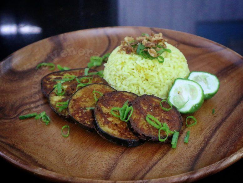 Indian-style crispy fried eggplant with garam masala