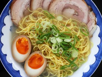Ramen with chashu (Japanesed braised pork belly) and soy sauce eggs