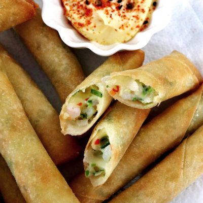 How to Cook Shrimp and Cheese Fried Spring Rolls