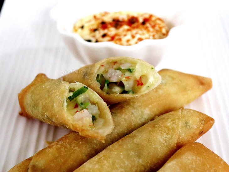 Shrimp and Cheese Fried Spring Rolls Recipe