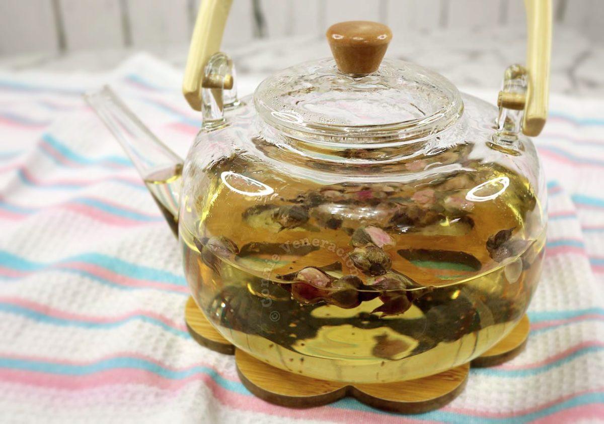 """Hot rose """"tea"""" in a pot"""