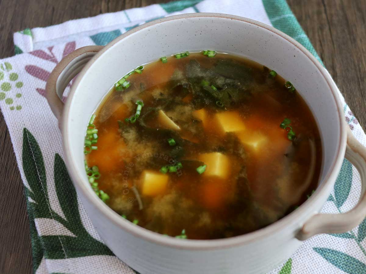 Miso soup with wakame and soft tofu