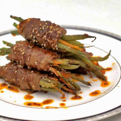 Soy Ginger beef and vegetable rolls