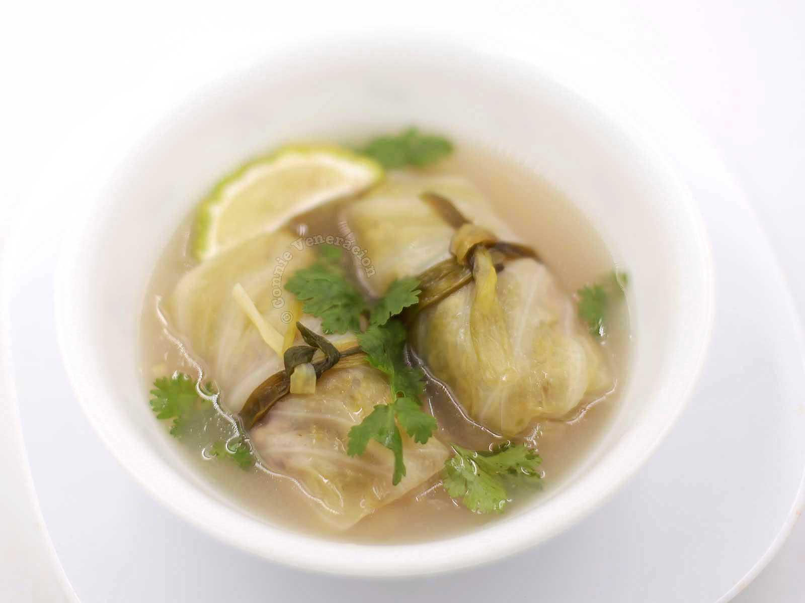 Pork-stuffed cabbage rolls, Thai-style