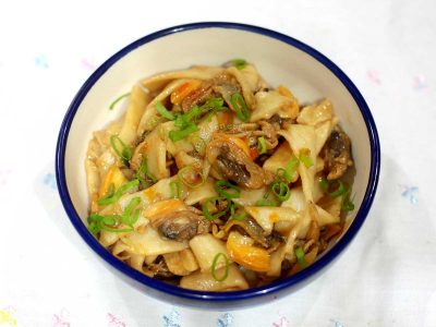 Clams and Noodle Stir Fry
