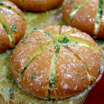 Homebaked Korean cream cheese garlic bread
